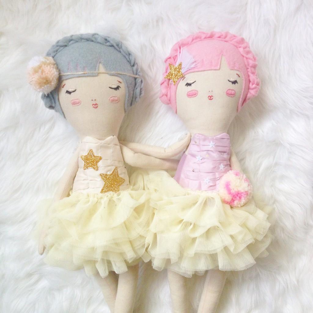 GiddyUpGertrude dolls a